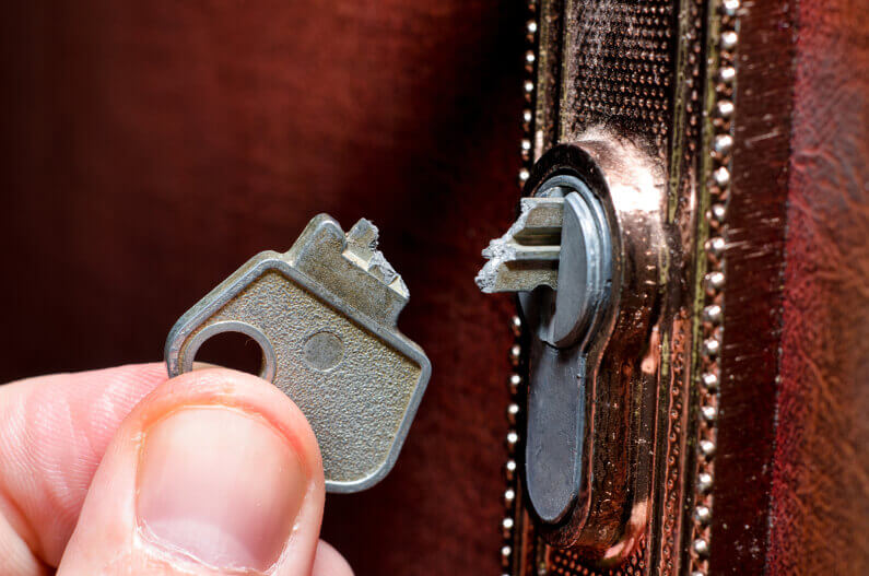 Broken Key in Lock-1 Response Locksmith Miami Florida