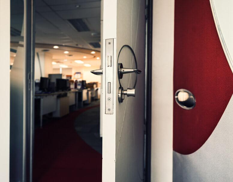 Office Lock Installation-Commercial Lock Hardware-1 Response Locksmith Miami Florida